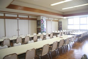 約100席の食堂